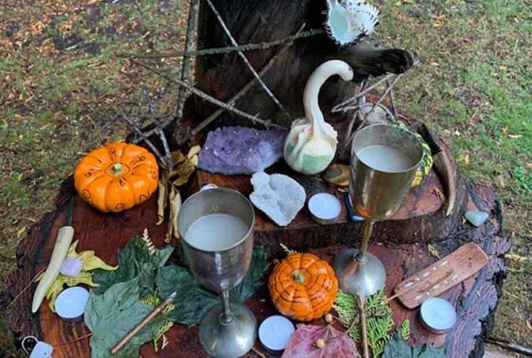 Mabon altar decorations